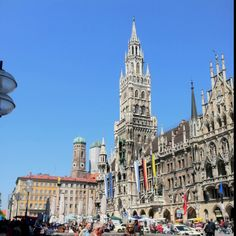 Munich, Germany. Glockenspiel.