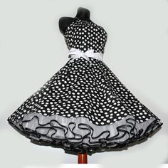 Jahre Kleid z. Cute Girl Dresses, 50s Dresses, Vintage Dresses, Vintage Outfits, Fashion Dresses, Vintage Fashion, Rockabilly Fashion, Lolita Fashion, Baby Girl Christmas Dresses