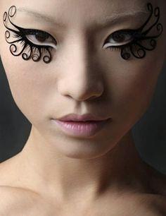12 Extreme Fashion Makeup Ideas Make-up-Ideen Makeup 101, Beauty Makeup, Hair Makeup, Makeup Ideas, Runway Makeup, Makeup Tutorials, Makeup Trends, Maquillage Halloween, Halloween Makeup
