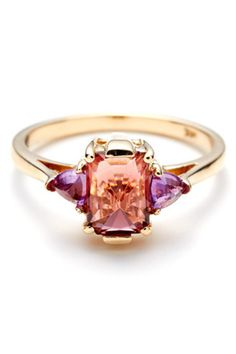 love the colours in this ring