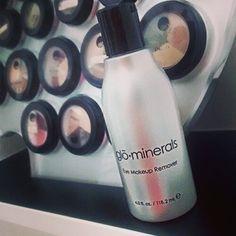 Desmaquillante sin aceite, suave con tu rostro, ideal para pieles sensibles, dermatologicamente y oftalmologicamente probado. #desmaquillante #makeup #maquillaje #glominerals #mineralmakeup #mineralmakeup #piel #tip #demaquillante