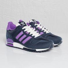 adidas ZX 700 W - - Sneakersnstuff Adidas Zx 700, Streetwear Online, Sneaker Brands, Dark Navy, Adidas Originals, Trainers, Adidas Sneakers, Street Wear, Chic