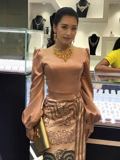 Yu Thandar Tin Fashion At Jewelry Store Opening Myanmar Traditional Dress, Thai Traditional Dress, Traditional Dresses Designs, Traditional Outfits, African Fashion Dresses, African Dress, Fashion Wear, Fashion Outfits, Myanmar Dress Design