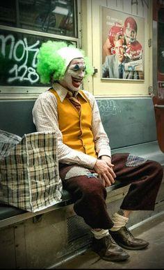 Rate the joker movie Joaquin Phoenix, Joker Hd Wallpaper, Joker Wallpapers, Joker Batman, Gotham Batman, Batman Art, Batman Robin, Dc Comics, Fotos Do Joker