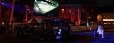 Zlatans skärm på plats – nu släpps folket in