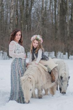 #sweetjuniperphotography #winterfamilysession #pittsburghphotograher #familyandchildphotographer #styledshoot #boho #flowercrown #farmlife #miniaturehorses #dreamlife #liveforthemagic #winterwonderland #princess