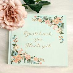 Dieses mintfarbene Gästebuch für die Hochzeit bezaubert mit floralen Mustern in Pastelltönen