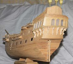 Model Ship Building, Boat Building, Real Pirate Ships, Pirate Ship Craft, Model Sailboats, Intarsia Wood Patterns, Black Pearl Ship, Tropical Party Decorations, Model Boat Plans