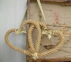 wheat weaving   Pinned by Monica Slump-Olsder