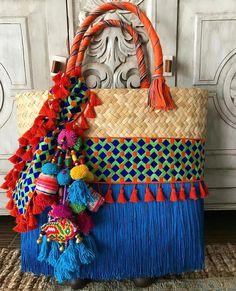 Ethnic Bag, Boho Bags, Craft Bags, Schmuck Design, Summer Bags, Handmade Bags, Handmade Bracelets, Beaded Embroidery, Bunt