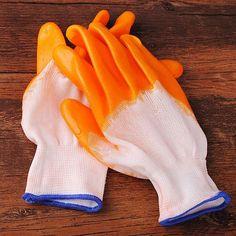 Un guante de jardinería de goma wearproof par guantes de protección laboral #gardengloves