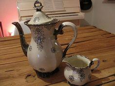 Waldershof Porzellan Kaffeekanne+Milchkännchen  von tschick24 auf DaWanda.com