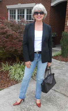 Casual look from FiftynotFrumpy.com.