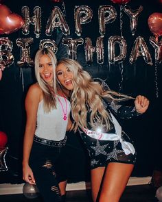 Cute Birthday Ideas, Birthday Goals, 18th Birthday Party, Birthday Celebration, Sweet 16 Pictures, Party Pictures, Birthday Pictures, Group Pictures, Best Friends Shoot