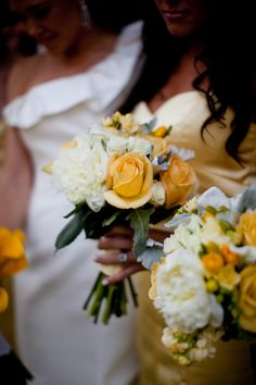 Every bride is different and deserves a special and unique bouquet. In anticipation of the wedding season, which is quickly approaching, we are celebrating some of our past brides and. Small Bouquet, Livingston, Wedding Season, Color Schemes, Beautiful Bouquets, Table Decorations, Bride, Inspiration, Yellow
