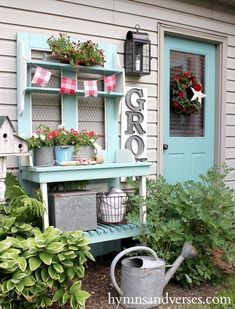 Red White and Aqua Blue Potting Bench Gather ideas for your garden with this pretty cottage farmhouse style potting bench decked in red, white and aqua blue. Potting Bench Plans, Potting Tables, Potting Sheds, Outdoor Potting Bench, Farmhouse Garden, Farmhouse Style, Farmhouse Outdoor Decor, Farmhouse Bench, Potting Station