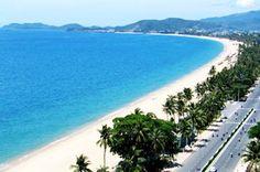 Bãi biển mỹ Khê Đà nẵng  http://vemaybaydulich.org/thang-10-ve-may-bay-di-da-nang-gia-bao-nhieu-tien/