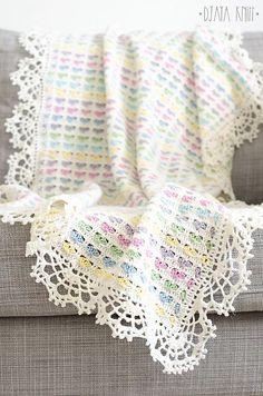 Light Hearts Blanket – Free Pattern! Crochet Afghans, Crochet Motifs, Afghan Crochet Patterns, Baby Blanket Crochet, Crochet Baby, Crochet Blankets, Baby Afghans, Crotchet, Blanket Yarn