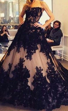 dress 2015 http://thepageantplanet.com/category/pageant-wardrobe/