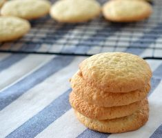 These Thermomix Coconut Biscuits are perfect for a lunchbox treat or after school snack for the kids! Once you have made these Coconut Biscuits, I guarantee