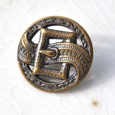 Antique Button Buckle Picture Button Victorian by ButtonsAddict