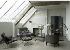 Solenne de la Fouchardière's past loft apartment in Shoreditch, East London. French Furniture, Contemporary Furniture, Furniture Design, Dream Furniture, Loft Spaces, Living Spaces, Loft Apartments, Small Living, Living Rooms