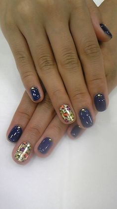 Animal print accent nail