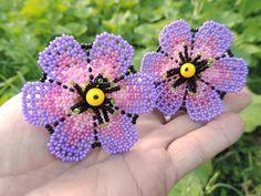 Purple Haze - Elena Vasyanovych Seed Bead Earrings, Beaded Earrings, Seed Beads, Beaded Jewelry, Beaded Bracelets, Native Beadwork, Purple Haze, Stuffed Animal Patterns, Beaded Flowers