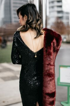 Chic at Every Age // Holiday Party Dresses with White House Black Market http://styleofsam.com/2016/12/28/whbm-holiday-party-dresses/ #sequindress #NYElook #furstole #lelesadoughi