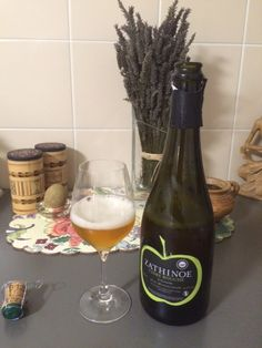 Zathinoe... Normand, racé! Cider from Normandy, a very distinguished Cider!