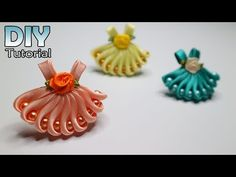 35 Ideas For Embroidery Ribbon Dress Flower Tutorial Satin Ribbon Flowers, Ribbon Art, Diy Ribbon, Ribbon Crafts, Felt Flowers, Ribbon Bows, Fabric Flowers, Diy Flowers, Ribbon Hair Clips