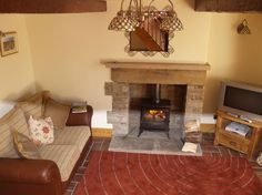 Brook Cottage, Hayfield, Derbyshire, The Peak District, England. Self Catering. Holiday. Travel. #AroundAboutBritain. Day Out. Explore UK. Family Holiday. Break. Relax. Adventure.