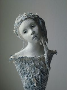 PAPERSCULPTURE(paper mache,paper clay,wire,fabric) ,sculpted by UNNI HOFF