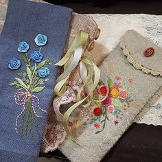 #프랑스자수 #일산프랑스자수 #프랑스자수mimi #자수소품#일산프랑스자수공방 #안경 집 #Embroidery#stitch#needlework#glasses case #안경 집 만들기~ 🍒 Glasses Case, Pin Cushions, Needlework, Reusable Tote Bags, Embroidery, Stitch, Photo And Video, Sewing, Instagram