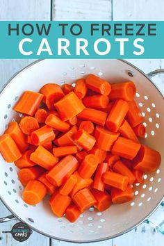 Learning how to freeze carrots is a great way to preserve this essential ingredient that is a staple of so many recipes. A freezer stash of frozen produce opens the door to amazing and speedy meals. Freezing Carrots, Freezing Vegetables, Food Prep Storage, Produce Storage, How To Freeze Celery, Frozen Potatoes, Carrot Fries, Potato Vegetable