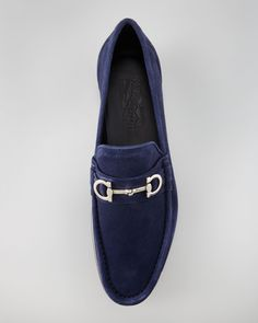 Salvatore Ferragamo / Giostra Suede Loafer, Navy / Achieve a look of classic, instantly recognizable luxury with the Salvatore Ferragamo Giostra suede loafer.