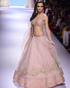 """""""Amy Jackson walks for Anushree Reddy at Lakme Fashion Week 2015. . We simple love Anushree's work when it comes to Lehena Cholis, she is best at it. .…"""""""