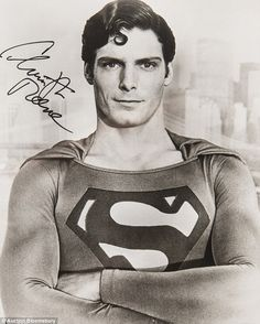 Christopher Reeve Posed in Superman Costume with Arm's Cross People Photo - 20 x 25 cm Comic Superman, Superman Costumes, Superman Movies, Superman Photos, Real Superman, Original Superman, Superman Artwork, Dc Comics, Christopher Reeve Superman