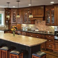 Traditional Craftsman Kitchen Design with Kitchen Island - Dura Supreme Cabinetry designed by Hahka Kitchens. Rustic Kitchen, New Kitchen, Kitchen Decor, Kitchen Ideas, Kitchen Planning, Kitchen Interior, Cheap Kitchen, Oak Kitchen Cabinets, Kitchen Cabinet Colors