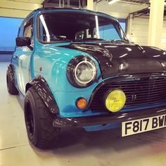 Image may contain: car and outdoor Old Mini Cooper, Mini Cooper Custom, Mini Cooper Classic, Classic Mini, Classic Cars, My Dream Car, Dream Cars, Mini Morris, Mini Copper