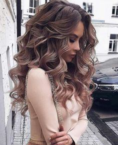 Wedding Hairstyles For Long Hair So-Pretty Long Down Hairstyles for Prom Night - Check out our collection of prom hairstyles for long hair. We have picked only the trendiest and most elegant hairstyles for you to look chic. Medium Hair Styles, Short Hair Styles, Hair Styles For Prom, Hair Down Prom Styles, Curl Hair Styles, Prom Hair Down, Curled Hair Prom, Formal Hair Down, Formal Updo