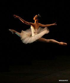 in flight ~ Natalia Osipova ©Damir Yusupov - Bolshoi Theatre