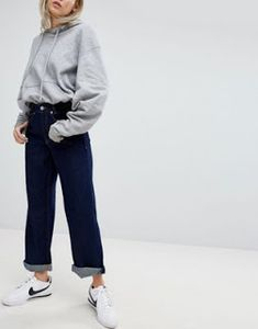 Buy Pull&Bear Wide Leg Denim Jean at ASOS. With free delivery and return options (Ts&Cs apply), online shopping has never been so easy. Get the latest trends with ASOS now. Pull & Bear, Wide Leg Denim, Dark Denim, Asos, Jeans Denim, Denim Trends, Dark Wash Jeans, Aesthetic Fashion, High Waist Jeans