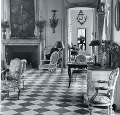 An example of #GeorgeStacey's groundbreaking talent for blending modern American design with French classicism.