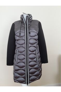 Beaumont Amsterdam Quilted Down Duvet Coat Beaumont Amsterdam, Ireland Clothing, Jacket Dress, Duvet, Winter Jackets, Lady, Coat, Womens Fashion, Gift Suggestions
