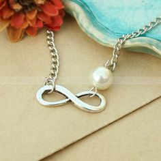 Karma pearl necklacevintage karma love por luckyvicky en Etsy