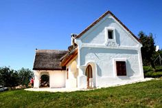 Thatched Roof, Travelogue, Traditional House, Hungary, Cabins, Cottages, Homes, Culture, Mansions
