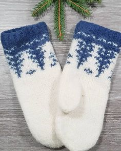 Ravelry: TaigaVotter pattern by StrikkeBea Knitted Mittens Pattern, Knit Mittens, Easy Knitting Patterns, Knitting Charts, Knitting Socks, Knitting Projects, Crochet Patterns, Cross Stitch Pattern Maker, Drops Design