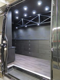 El Kapitan makes Mobile Business Conversion Vans for just about any service or retail business you want to take to customers – pet grooming, auto service and many more.