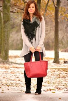 Cashmere sweater, leggings and cranberry Sydney Shopper from @Fossil